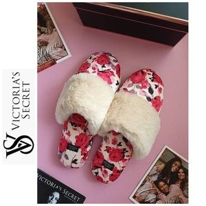 VICTORIA SECRET | bnwt Rose Slippers